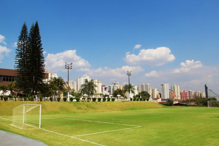 campo-futebol-suico
